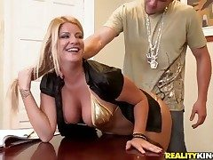 Surprising blonde prostitute Robbye Bentley couldnt raw this interview with drag inflate juicy pair